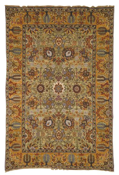 Safavieh Old World OW121A Light Green and Gold area rug