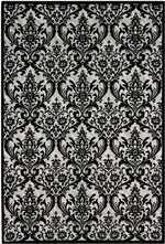 Nourison Damask DAS02 Black and White